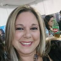 Foto do(a) Secretária: Alessandra Streb Soares Azzi Araújo
