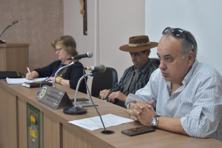 Prefeito comparece a reunião do CONDERPA